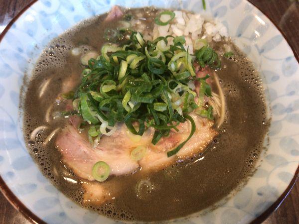 「中濃煮干しそば800円」@寿製麺よしかわ 保谷店の写真