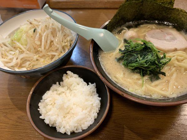 「ラーメン」@横浜家系ラーメンとりとんの写真