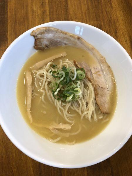 「鶏ラーメン」@麺屋びわおの写真