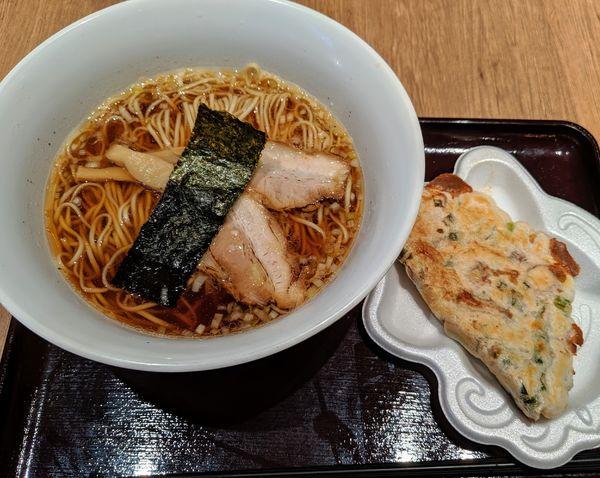 「中華そば 520円」@カドヤ食堂 阪神梅田店の写真