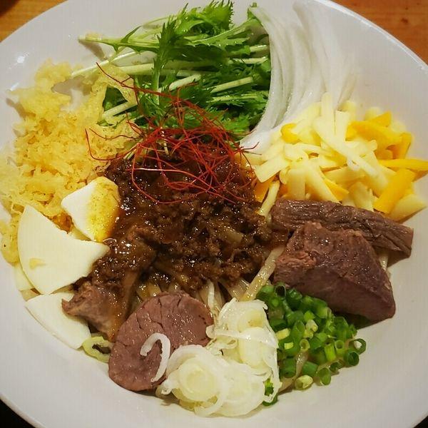 「【10月限定特別価格】紫峰牛のカレーまぜ麺 500円他」@牛骨ロックの写真