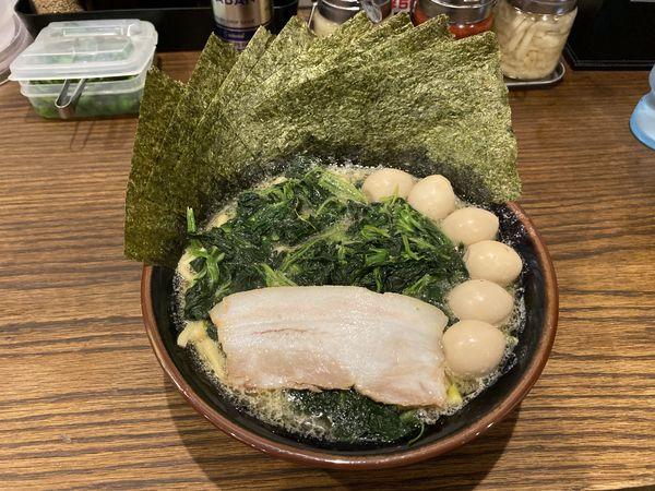 「豚骨醤油ラーメン」@横浜家系ラーメン 一正家の写真