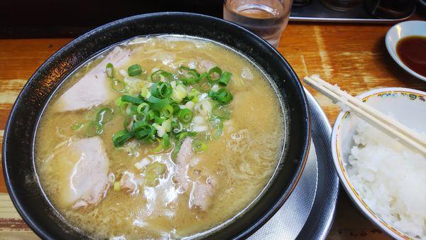「味噌ラーメン+餃子セット 750円」@みそラーメンさつきの写真