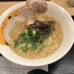 博多らぁめん ふくちゃん 千葉幸町店の写真