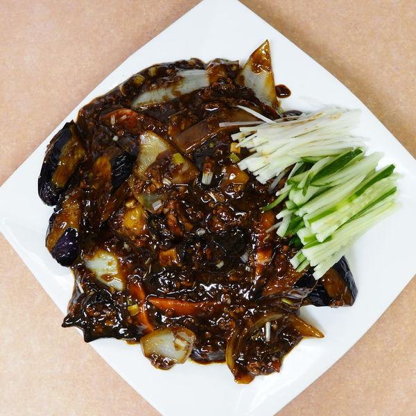 「麻婆茄子拌麺 ※冷たい細麺を選択」@中華 タンタンメン 隆翔の写真