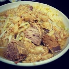 自家製太麺 ドカ盛 マッチョ 難波千日前店の写真
