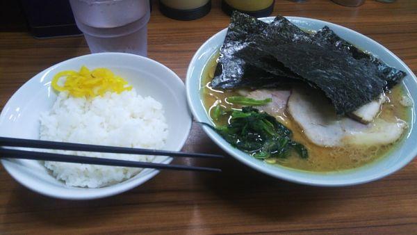 「チャーシュー麺(固め・濃め)+小ライス」@近藤家 本店の写真