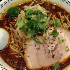 スパイス・ラー麺 卍力の写真