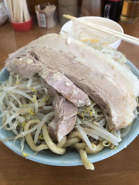 「ラーメン(オーション麺・にんにく)¥780+生卵¥70」@ラーメン ジライヤの写真