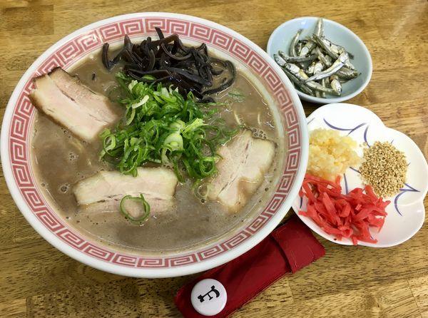 「東久留米 豚骨ラーメン」@中華蕎麦 丸め 東久留米店の写真
