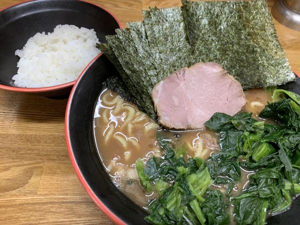 「のり+ほうれん草 ラーメン 850円」@麺家 紫極の写真