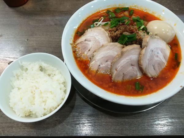 「千葉勝浦式タンタンメン(通常)+チャーシュー+味玉+ごはん」@麺屋たいこうぼうの写真