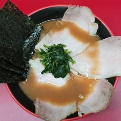 横濱家系ラーメン 勝鬨家の写真