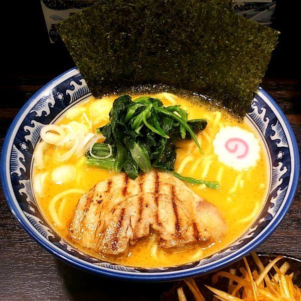 「濃厚豚骨ラーメン(味噌)+辛ネギ(別皿)」@麺屋 武士道 本店の写真