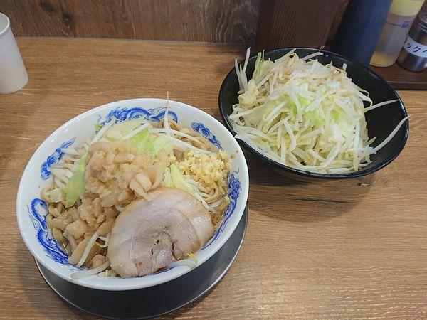 「ラーメン並 全まし(野菜ダブル、しょうが)680円」@ジャンクガレッジ 深谷店の写真