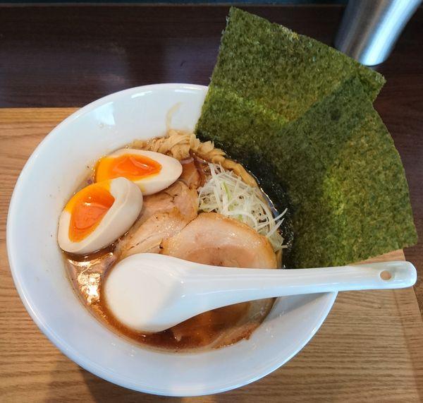 「旨味醤油らぁ麺 全部のせ」@Life is beautiful らぁ麺 & Cafe'barの写真