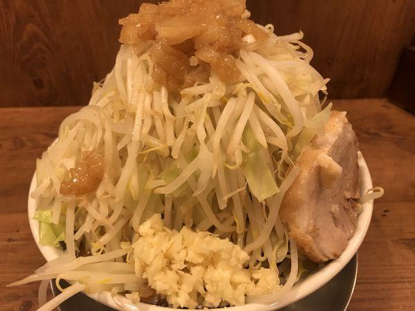 「ラーメン 中盛 730円」@ジャンクガレッジ 森下店の写真