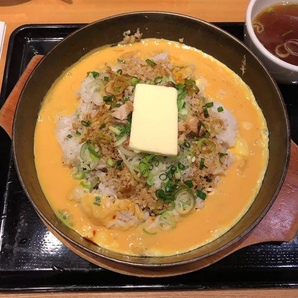 「鉄板イタめしニンニクバター味」@らあめん花月嵐 鶴見西口店の写真