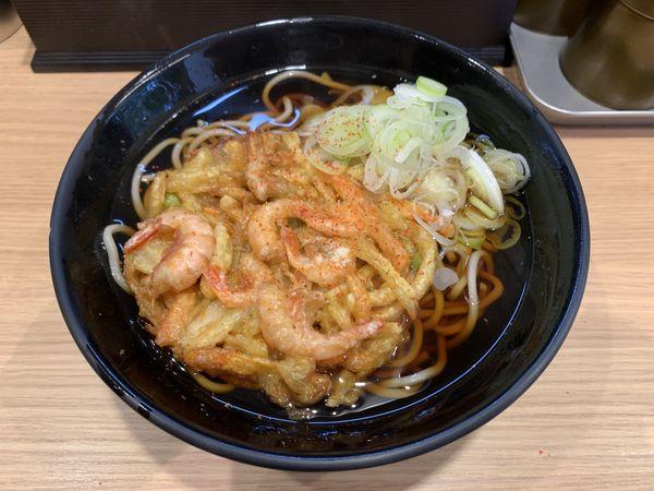 「天ぷらそば 470円」@立喰いそば・うどん すすきのの写真