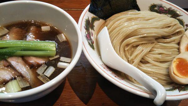 「特製濃厚昆布水の淡麗つけ麺(醤油)+中盛」@麺処 ほん田の写真