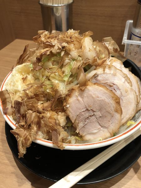 「小豚ラーメン」@ラーメン豚山 上野店の写真