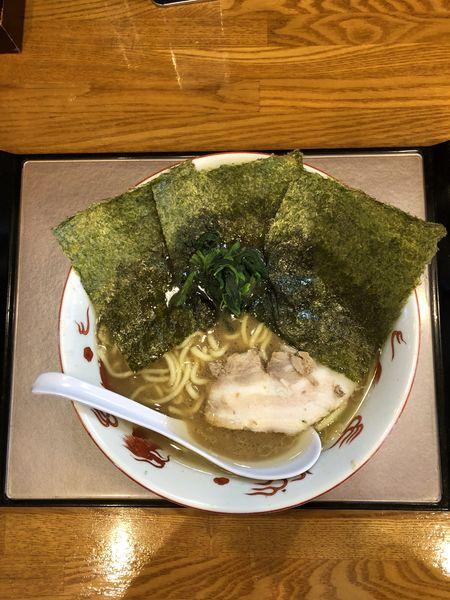 「ラーメン中盛麺かため」@麺家 いわいの写真