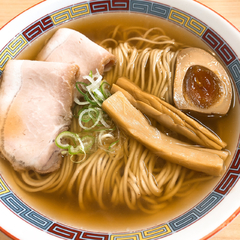 煮干鰮らーめん 圓 名古屋大須店の写真