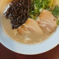 豚骨ラーメン 龍吟軒 大山町店の写真