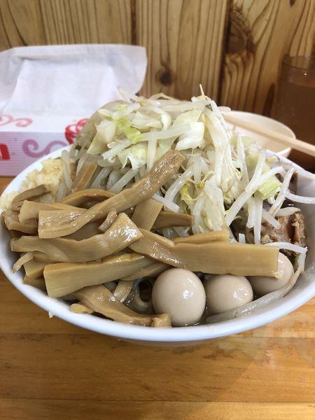 「小ラーメン(にんにく)+うずら卵+メンマ+生卵¥1,050」@らーめん つの旨の写真