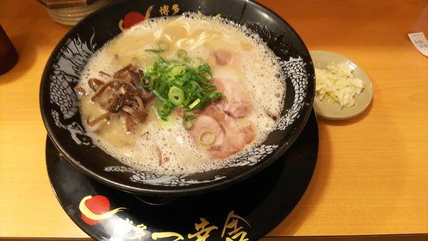 「ラーメン 780円」@博多 一幸舎 エキマルシェ大阪店の写真