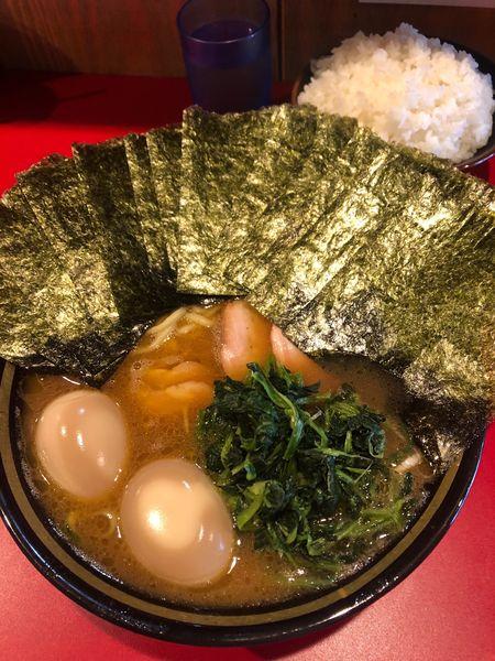 「青ねぎラーメン 820円」@家系ラーメン 稲葉家の写真