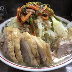 ラーメン二郎 横浜関内店の写真