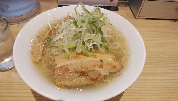 「塩蕎麦850円(大盛+150円)」@初代葱寅 御茶ノ水店の写真