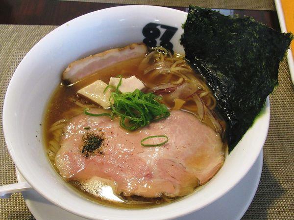 「魚介らぁ麺(秋刀魚)(900円)」@牟岐縄屋の写真