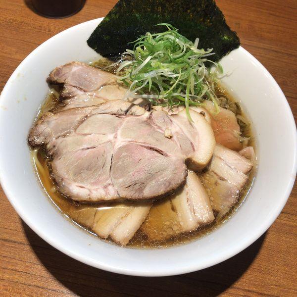 「【限定】葱と三種のチャーシュー麺890円」@寿製麺よしかわ 川越店の写真