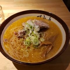 すみれ 横浜店の写真