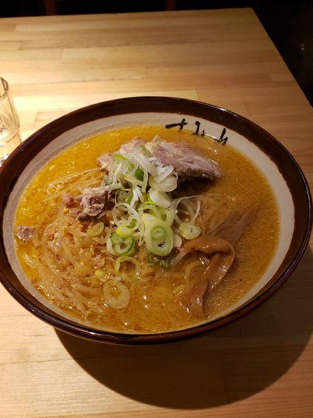 「味噌ラーメン+チャーシュー」@すみれ 横浜店の写真