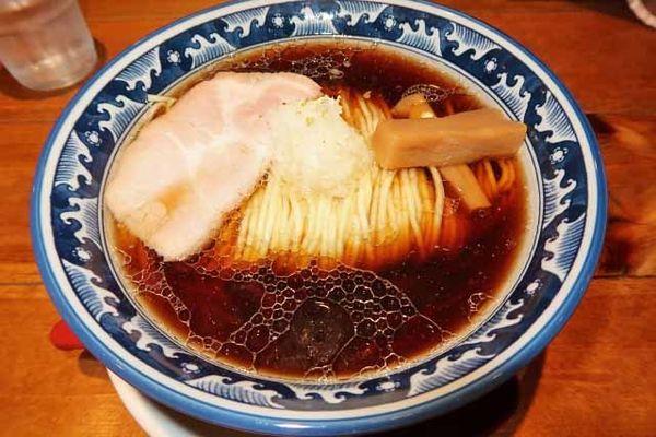 「醤油ラーメン 600円」@麺屋 坂本01 新潟駅前店の写真