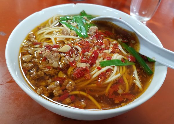 「台湾ラーメン¥680」@中国南北酒菜 味仙 矢場店の写真